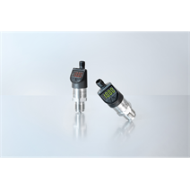 Installable anywhere: Slimline pressure switch with IO-Link and display